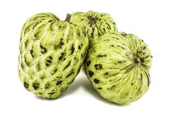 Frais corossol ou Sugar Apple Fruit Annona mûr, pomme cannelle d'isolement sur le fond blanc Photos libres de droits