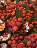 Fraise au marché de Boqueria Photo libre de droits