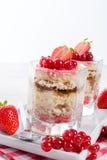 Fraise - croustillant Dessertt de groseille Images stock
