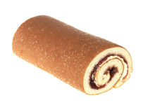 Fraise et gâteau de roulis d'éponge rempli par crème Photo libre de droits