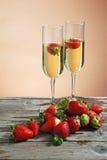 Fraises et champagne Image libre de droits