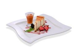 fraises fraîches de gâteau au fromage de mûre Image stock