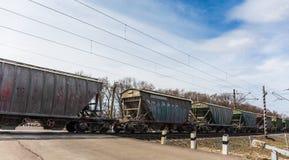 Fraktdrev, järnväg vagnar, trans. och järnväg, logistisk industriell sändnings royaltyfri foto