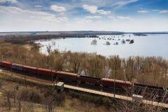 Fraktdrev, järnväg vagnar, trans. och järnväg, logistiskt begrepp för industriell sändnings arkivbilder