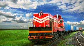 Fraktdrev på järnväg Royaltyfri Bild