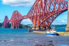 Framåt bro över Firth av framåt in edinburgh royaltyfri fotografi