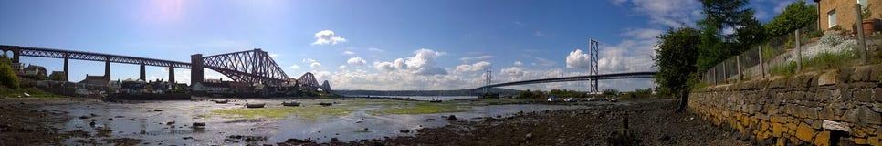Framåt broar Royaltyfri Bild