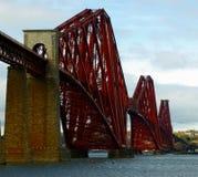 Framåt stångbro från södra Queensferry Royaltyfri Fotografi