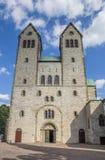 Framdel av den Abdinghof kyrkan i den historiska mitten av Paderb Royaltyfri Fotografi