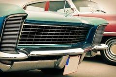 Framdel av den gamla bilen som är retro Arkivfoto