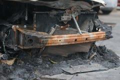 Framdel av en utbränd bil Royaltyfri Bild