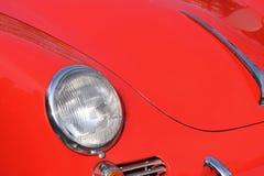 Framdel av ett rött sportscar Royaltyfria Foton