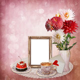 Frame with a bouquet of flowers on vintage background Royalty Free Stock Photos