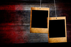 Frame da foto no fundo de madeira Imagem de Stock