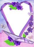 Frame in de vorm van hart in lilac kleuren. Stock Foto's