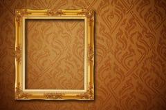 Frame do vintage no papel de parede Imagens de Stock Royalty Free