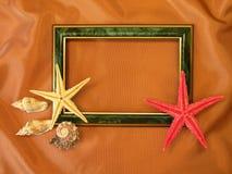Frame e escudos verdes fotos de stock royalty free