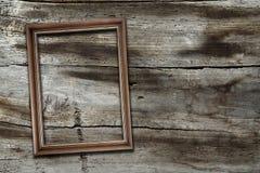 Frame op houten achtergrond royalty-vrije stock afbeelding