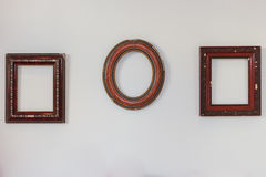 Frames vazios na parede Imagens de Stock Royalty Free