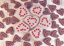 framförande 3d Festliga chokladhjärtor Arkivbild