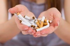 framförd anti bild som 3d avslutas rökning Arkivfoton
