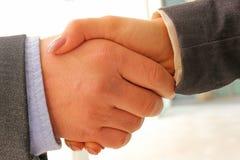 Framgång för affärshandskakningöverenskommelse Arkivbild