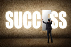framgång för resultat för affärsmanbegreppsgraf arkivfoton