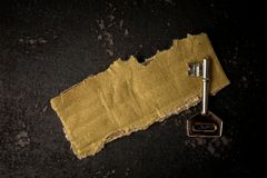 FRAMGÅNG som ÄR BEGREPPSMÄSSIG med det lantliga bruna brädet och tangent royaltyfri bild