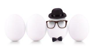 Framgångsymbolbegrepp med det vita ägget arkivfoto