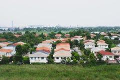 Framkallat inhysa område i Bangkok, Thailand, taklägger hus`en s a arkivfoton