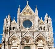 Framme av den berömda domkyrkan Royaltyfri Fotografi