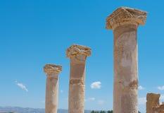 Frammenti delle colonne antiche Immagini Stock