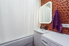 Frammento del bagno interno Fotografie Stock