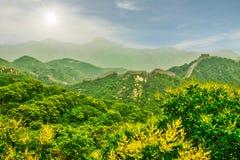 Frammento del simbolo principale della Cina - la grande muraglia della Cina Pechino fotografie stock