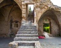 Frammento dell'abbazia di Bellapais Fotografie Stock Libere da Diritti