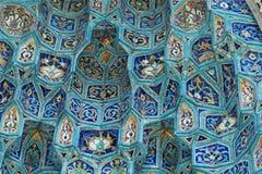 Frammento della parete coperta di tegoli Fotografia Stock