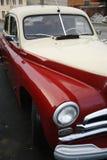 Frammento di retro vecchia automobile Volga GAZ Immagini Stock Libere da Diritti
