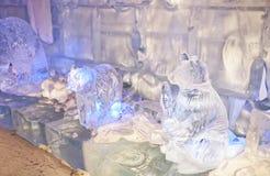 Frammento di stanza con le figure fatte da ghiaccio Immagini Stock Libere da Diritti
