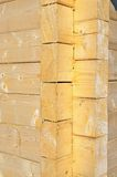 Frammento di una parete della casa di legno. Fotografia Stock Libera da Diritti