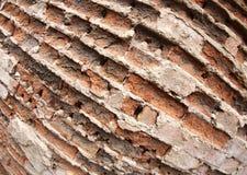 Frammento di vecchia parete dei mattoni distrutti Fotografie Stock