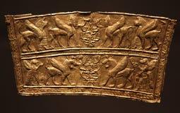 Frammento dorato iraniano persiano antico del breastplate Fotografie Stock