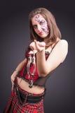 Framsida Art Concept: Stående av den sexiga brunettkvinnan i korsetthåll Fotografering för Bildbyråer