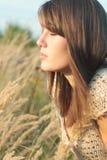 Framsida av ung flicka i lea Royaltyfria Foton