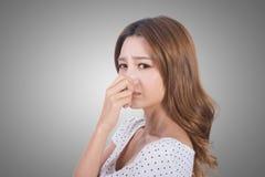 Framsida för dålig lukt arkivfoton