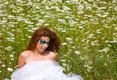 Framsida-konst stående av en härlig kvinna Fotografering för Bildbyråer