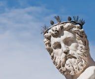 Framsidadetalj av Neptun staty Arkivfoto