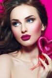 framsidaflicka s vektor för valentin för pardagillustration älska Royaltyfria Bilder