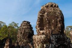 Framsidan av den Bayon templet Royaltyfri Foto
