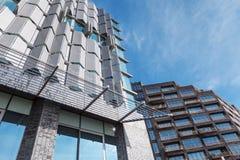 Framsidor av moderna byggnader i Amsterdam Royaltyfri Bild