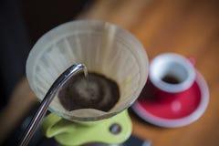 Framställning av kaffe Arkivbild